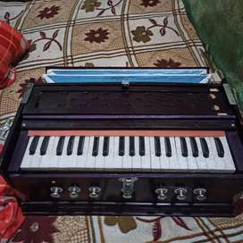 New harmonium only rupees 5500