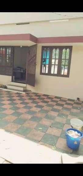 Single House for rent near kudappanakkunnu