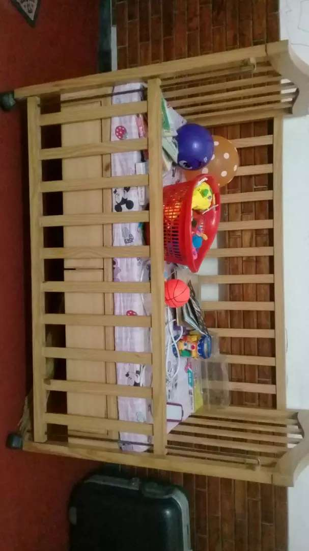 Baby cot Excellent condition 0