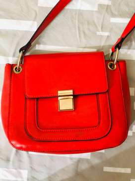 preloved branded side bag in sale