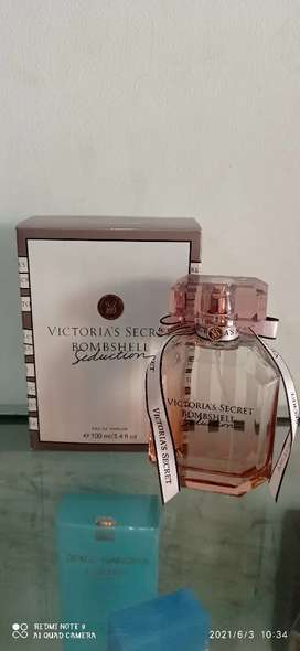 Parfum Victoria Secret Bombshell Or.Singapore..