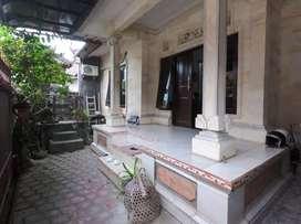 Rumah Lantai 1 di Jln Sekar Tunjung Gatsu Dentim Lingk Elit