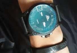 Free ongkirm COD - Jam tangan quiksilver black analog tnggal ok