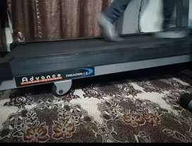 Advance treadmill 130kg weight supported