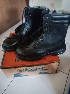Sepatu PDL safety merk kent
