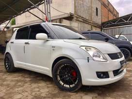 SUZUKI SWIFT 1.5 ST MT 2011