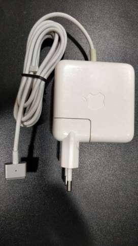 Macbook air oringinal charger
