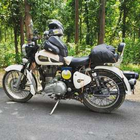 Royal Enfield Classic 350 BS-III Ash White in super condition