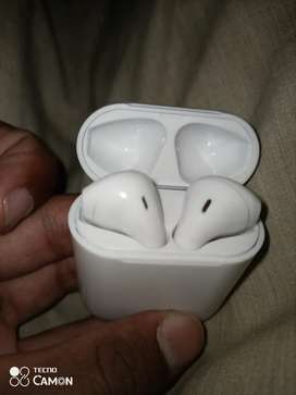 Airpods i11 almost new