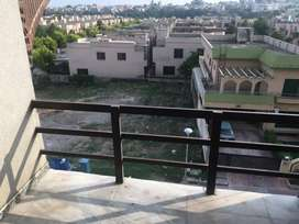 2bed room furnished falt short long period4rent in bahria town rwp