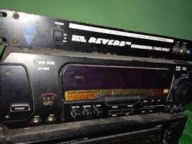 Amplifier twin dog av-888