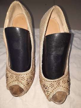 Sepatu pests import uk 36 tinggi 9