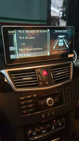 Head unit mercy w212 android 10 inci