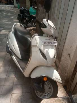 Honda activa scooty in best condition  for Immdiate  sell  w