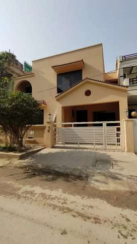 Full House For Rent in Prime Location F10
