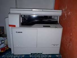 Xerox Machone, Canon IR 2206 used for only one month approx.