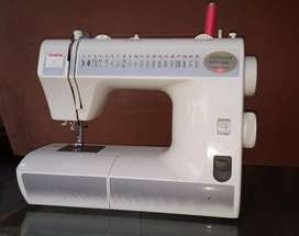 Sewing Machine (Imported)