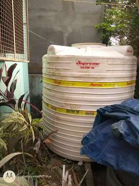 Water tank 2000 liter, Supreme Company,4 layer price-8000/-only