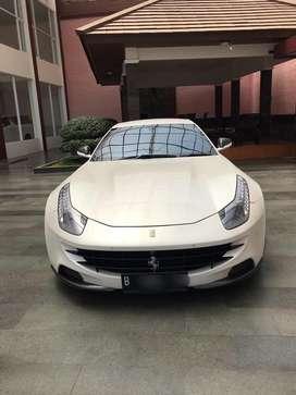 Dijual Ferrari FF tahun 2012,istimewa!!!