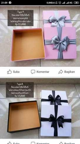 kotak kado/giftbox/packaging(custom only)