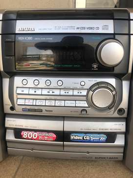 AIWA - CD player with 2 speakers