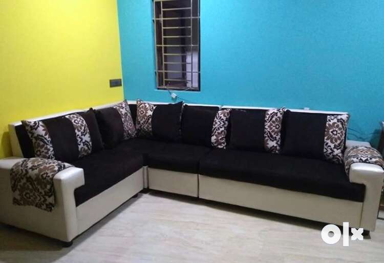 Completely new corner/sectional/ L sofa 0