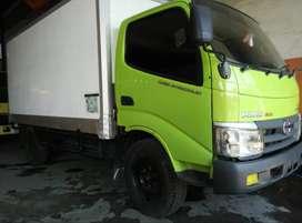 Hino Dutro 110SD Long Engkel / Empat Roda Truck Box Pendingin Thn 2014