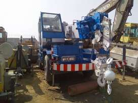 All brand new/used  crane of 3.5 to 100 ton available