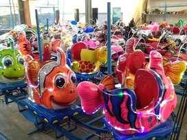 kereta panggung ikan nemo fiber glass warna warni cerah OKT