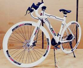 Neo cycle with 21 speed shimano gears