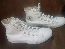 Sepatu second converse wanita