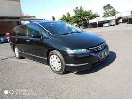 Honda Odyssey 2004 istimewa