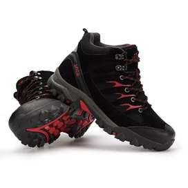 Sepatu Gunung / Hiking Boot Mid SNTA 475 Black Red