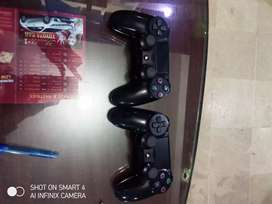 Ps4 pro used controller available