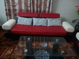 Full 7 seater sofa set with center Table