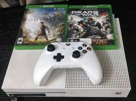 1 TB Xbox One S Console with Assassin's Creed Odyssey + Gears of War 4