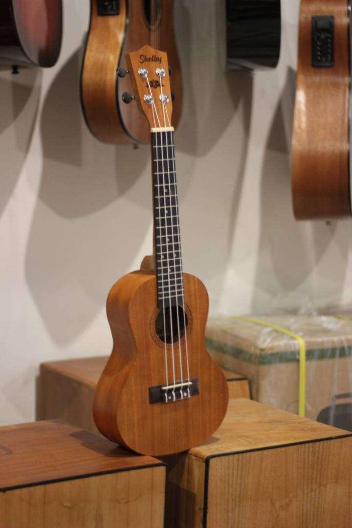 ukulele sopran akustik 0