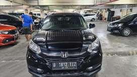 Honda HRV E Cvt AT 2015 Low Km, Pajak Panjang. Bs TT Outlander, Innova