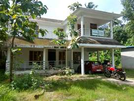 2250 sq.ft Home With Large Plot For Sale In Murukkumpuzha