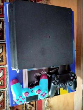 Ps 4 1T like new