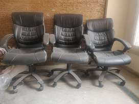 Executive chair in good condition