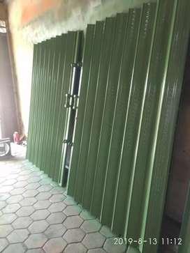 Folding gate..galvanis