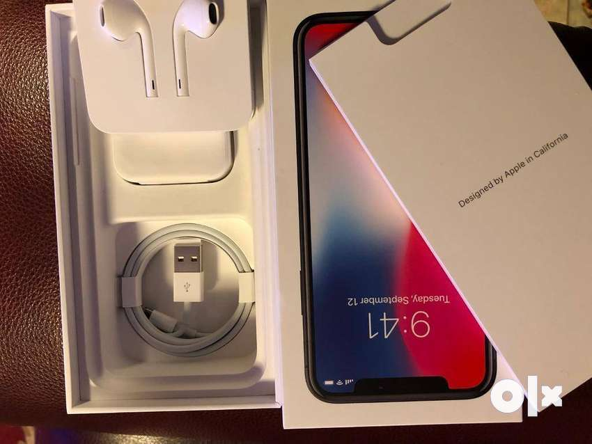 Refurbished iPhone X in good condition available on EMI 0