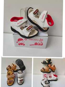 Sepatu Sendal Anak dengan bunyi SGB-20 Terbaru dan Terlaris
