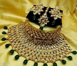 Feminine Graceful Jewellery Sets  Base Metal
