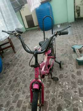 Bicycle for kids age 4to 6 Rs 750