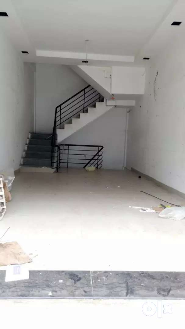 G+3 shop available on lease in siyagany market pl call me more details 0