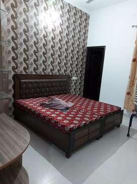 Sofa inverter wala 2bhk flat for rent