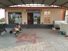Restaurant,cage shop