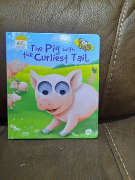 The pig with the curliest tail, googly eyes - buku BBW